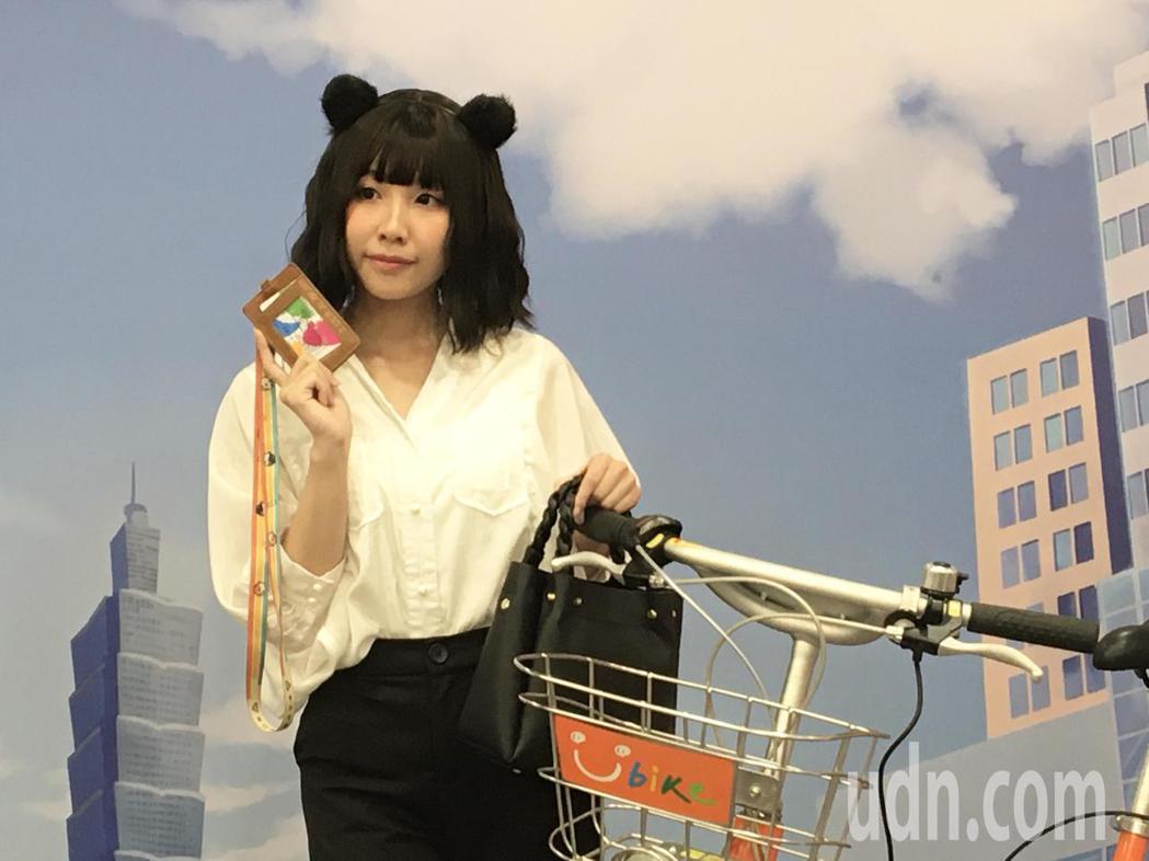 超萌綠運輸大使「熊妹」將現身12月14日至15日的「台灣同人誌」販售會現場,發送...