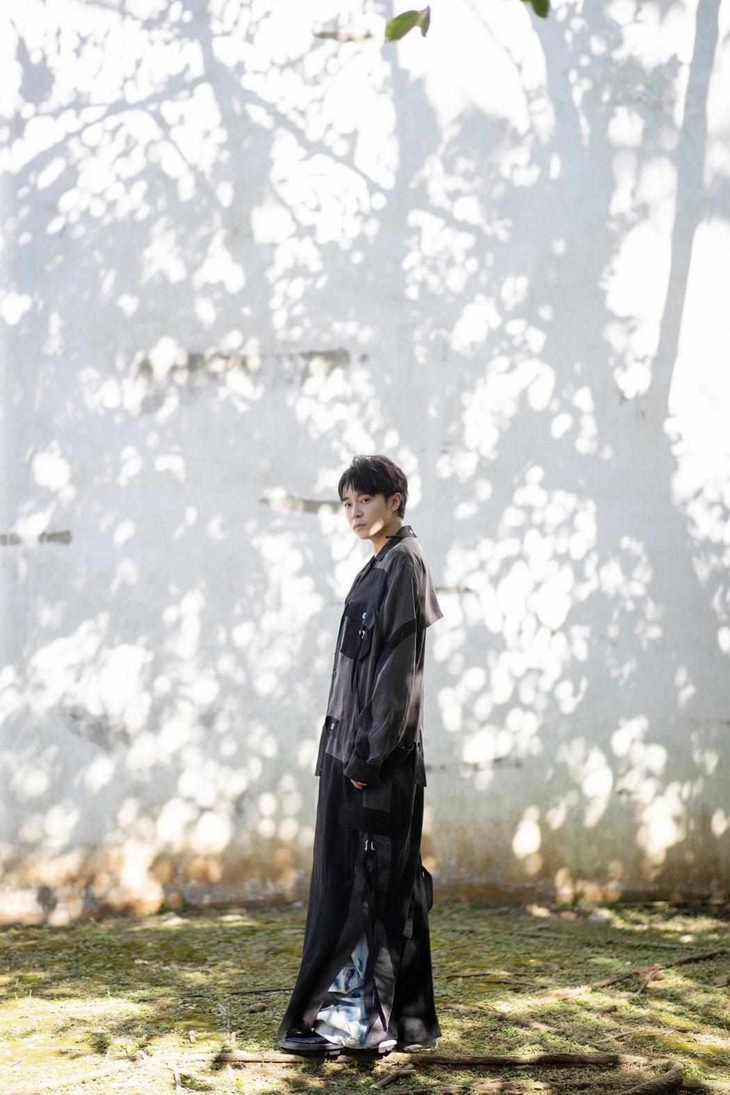吳青峰全心籌備11月底「太空備忘記」高雄巨蛋演唱會。圖/環球提供