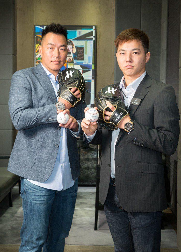 (左)棒球明星郭泓志演繹了Big Bang Unico藍寶石魔力黑計時碼表約17...