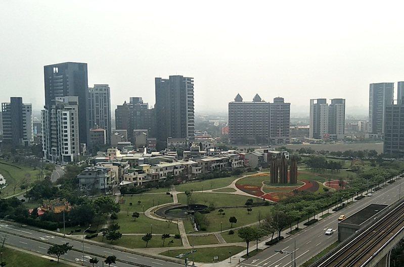 新冠肺炎疫情對台灣經濟有影響,房地產卻絲毫不受影響,反而不斷上漲。圖/聯合報系資料照片