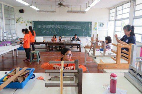 花蓮明利國小和部落學生將部落傳統文化,融入教育中。 圖/明利國小提供