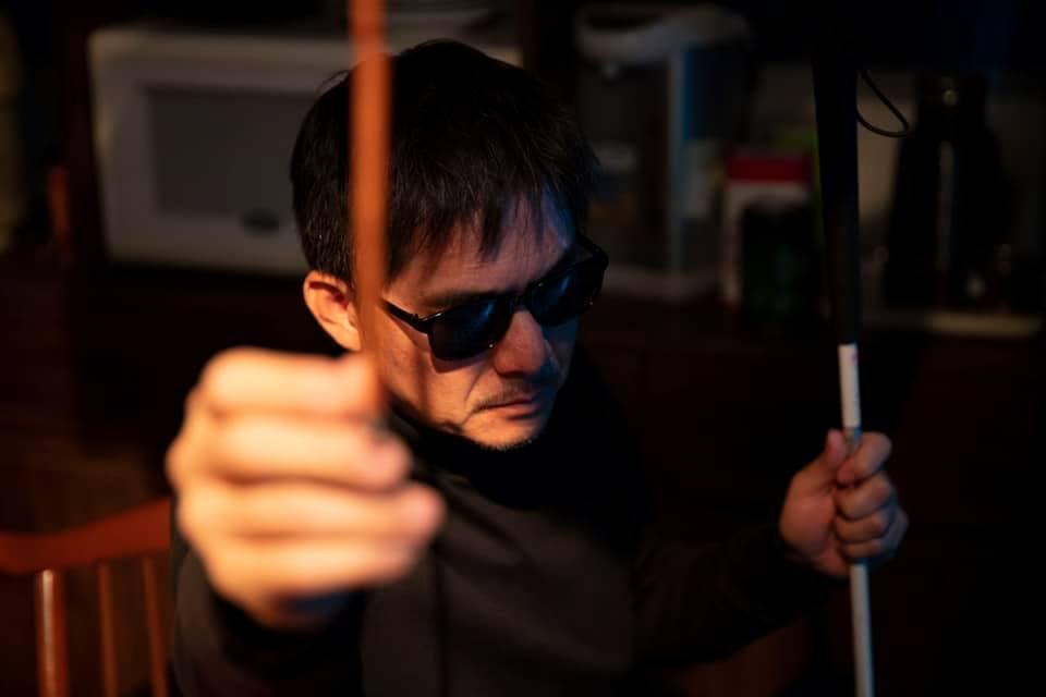 盲人阿清(洪都拉斯飾)。 圖/取自公視 人生劇展 「盲人阿清」