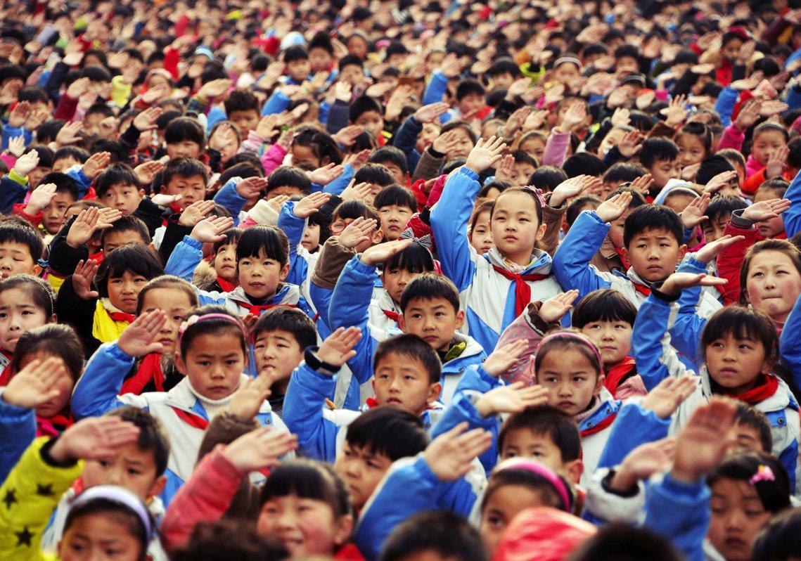 「什麼都不爭,這孩子未來有競爭力嗎?國家以後拱手讓人嗎?」這個看似嘉惠學生的方案...