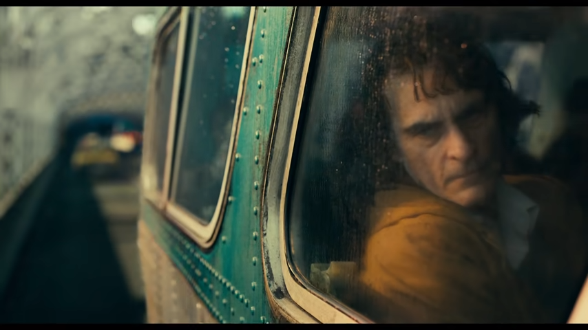 DC獨立電影《小丑》(JOKER) 由影帝瓦昆‧菲尼克斯主演,精彩預告片片段截圖...