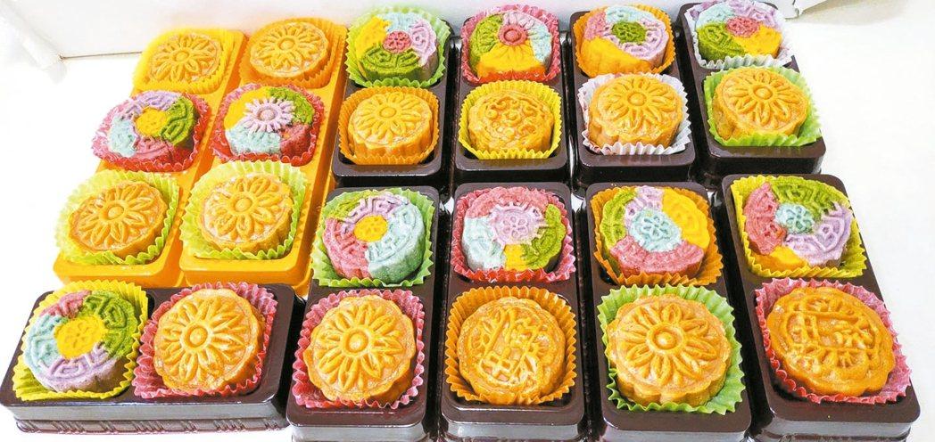 陳今珍的手工月餅堅持不用化學色素。 圖╱陳今珍提供