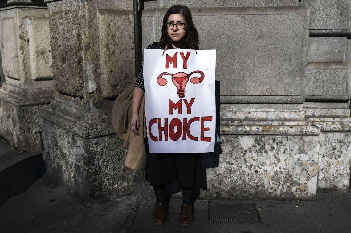 「瓦倫蒂娜慘案」當時引發義大利、甚至國際媒體的關注與激辯,也讓義大利婦女墮胎的現...