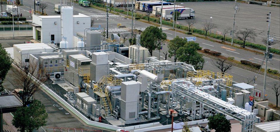 日本希望追求氫能社會,圖為2018年4月時,川崎重工和大林組營造於神戶市港灣人工...