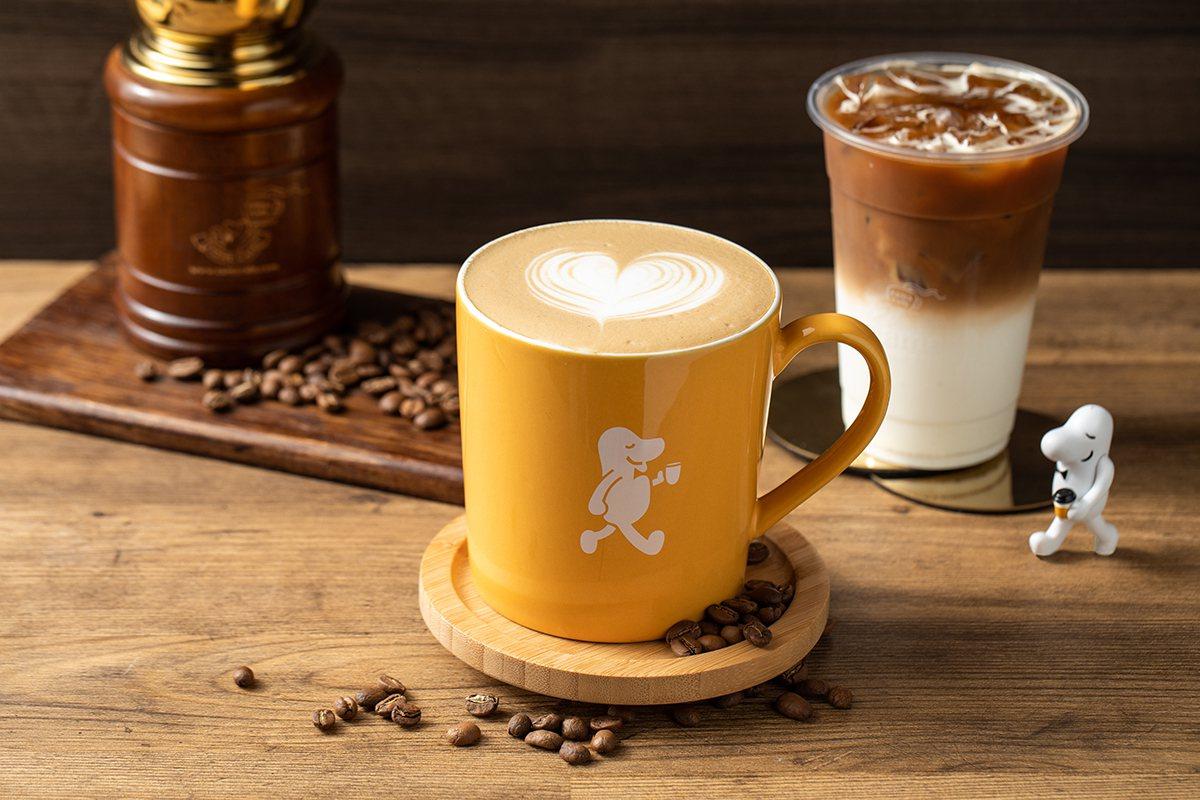 在門市就能聞到咖啡豆烘焙香氣,成為cama cafe的一大特色。 圖/cama ...