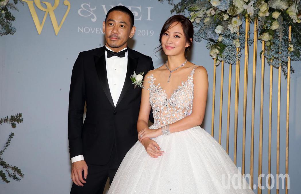 女星陳薇與「德翔海運」少東陳劭翔在台北舉行婚宴。記者徐兆玄/攝影