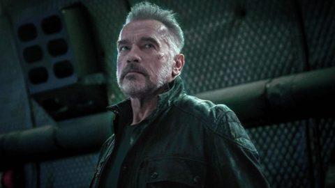 阿諾史瓦辛格回歸「魔鬼終結者」系列,並與老夥伴詹姆斯卡麥隆、琳達漢彌頓再度聯手,不過詹姆斯在創作該片時,直接接續「魔鬼終結者2」,形同於直接省略阿諾有演出的「魔鬼終結者3」、「魔鬼終結者:創世契機」...