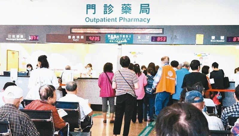 藥廠業務在環境複雜的大型醫院裡,要能面面俱到,八面玲瓏。 圖/聯合報系資料照片