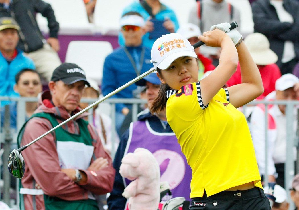 旅美好手徐薇淩是今年表現最佳的台灣選手。 裙襬搖搖/提供