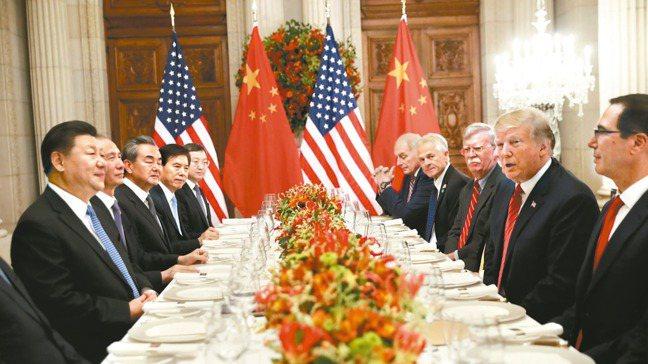 從聯準會(Fed)、德國財政部,到中國大陸人民銀行,面對經濟疲軟已逐漸蔓延的跡象...