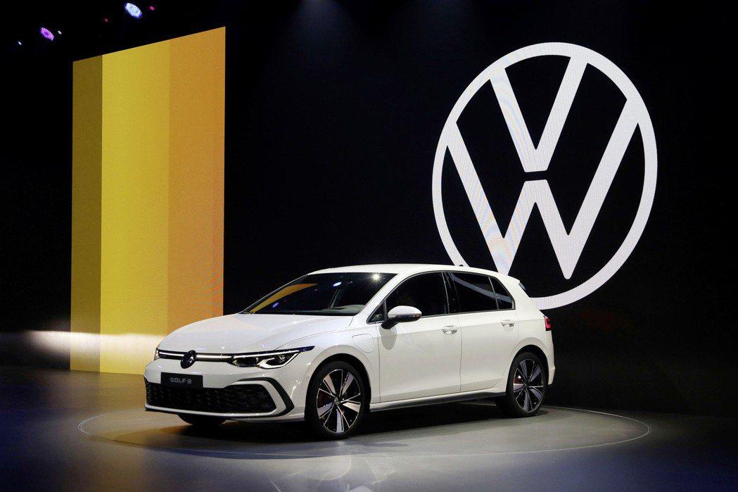 新世代Volkswagen Golf。 摘自Volkswagen