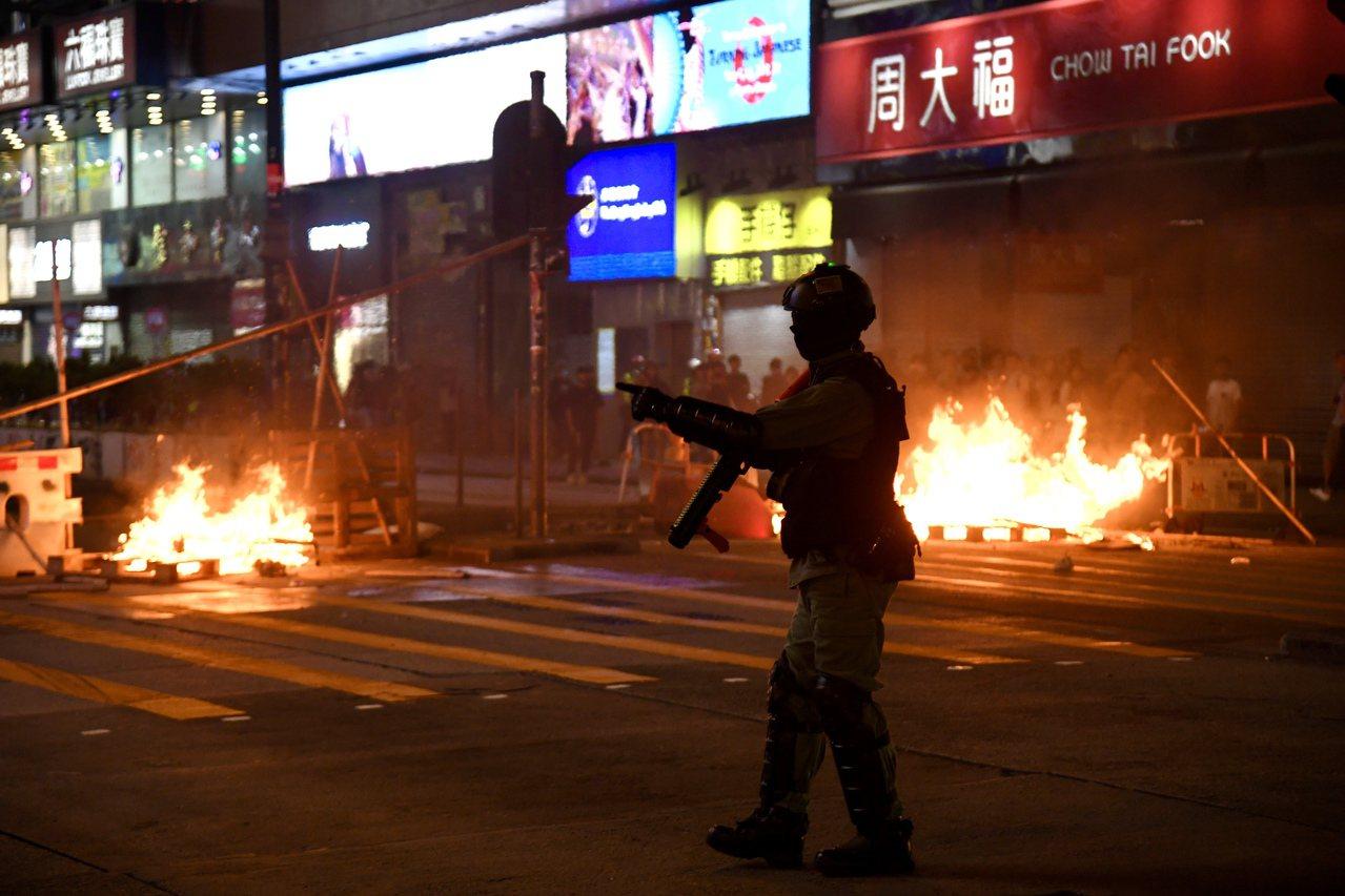 香港返送中活動持續不斷。 香港中國通訊社