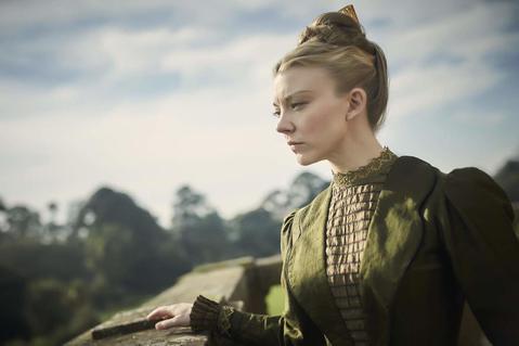 瑪格麗·提利爾(Margaery Tyrell)命宮組合: 紫微、貪狼她十分美麗,有著柔軟棕色捲髮,棕色眼睛和線條優美的身材。她年輕又聰明伶俐。她接受老謀深算的祖母奧蓮娜·雷德溫夫人的保護和教導。曾...