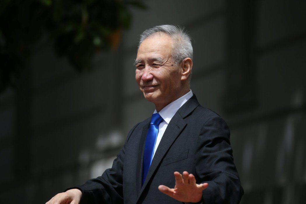 劉鶴表示,政府及國企清償民企債務的工作「問題不少」,要求今年之內快快還錢。 圖/路透社