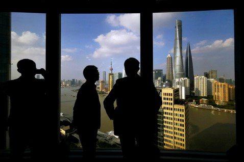 國企民企爆雷一家親,中國經濟新風暴隱然成形