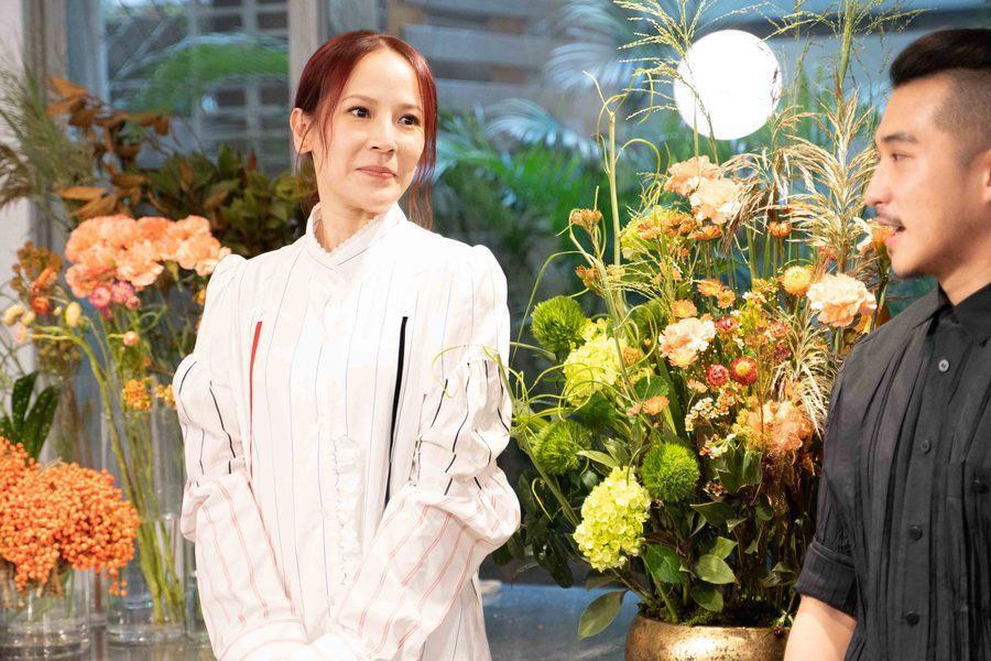 歌手楊乃文於4日上Hito大台柱宣傳新專輯《愈美麗愈看不見》。(photo by
