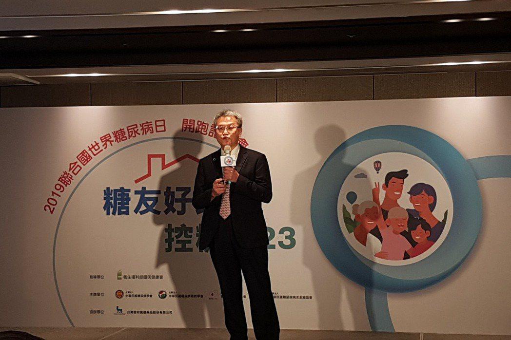 黃建寧理事長表示家人支持與調整生活型態是控糖關鍵。記者楊雅棠/攝影