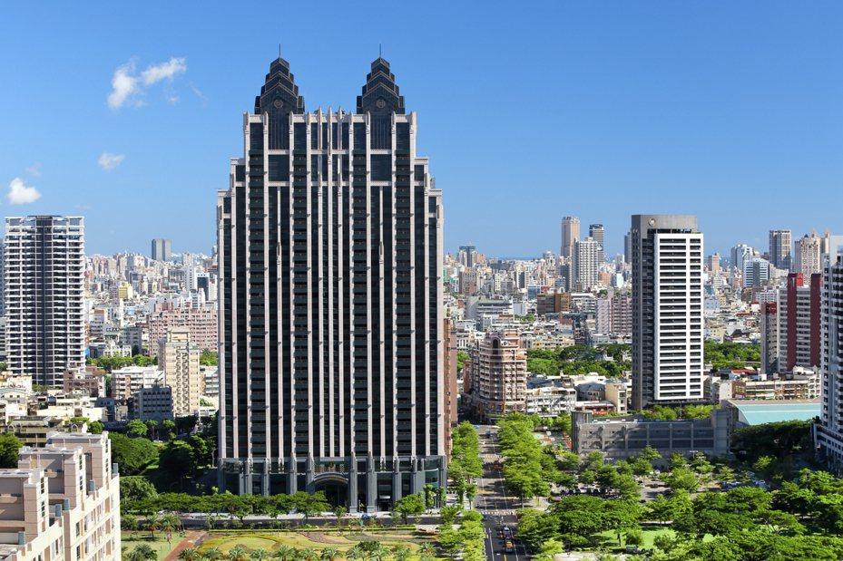 「京城King Park」成交單價創近期高雄實價登錄新高。京城提供