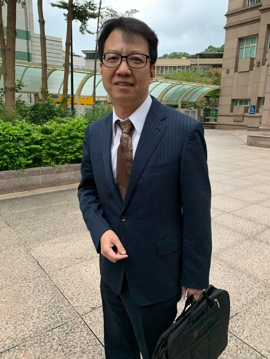 馬俊麟妻梁敏婷委任律師林晉宏。記者陳慧貞/攝影