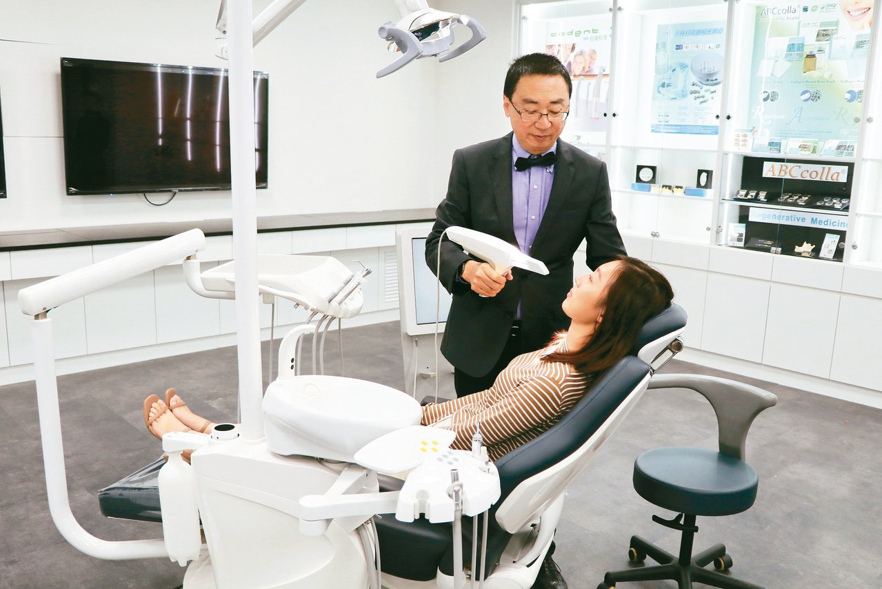 陽明大學打造數位牙醫教學示範中心,昨正式開幕,將協助MIT(台灣製造)牙科品牌拓...