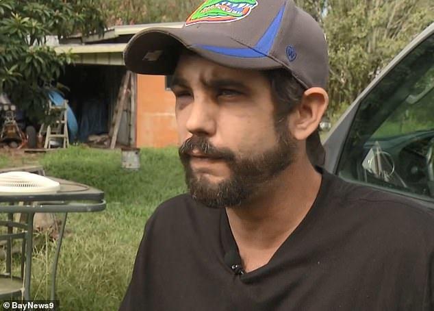 34歲的金恩被入室搶劫的的歹徒用槍擊打,11歲的女兒也被抓住;金恩懷孕八個月的妻...