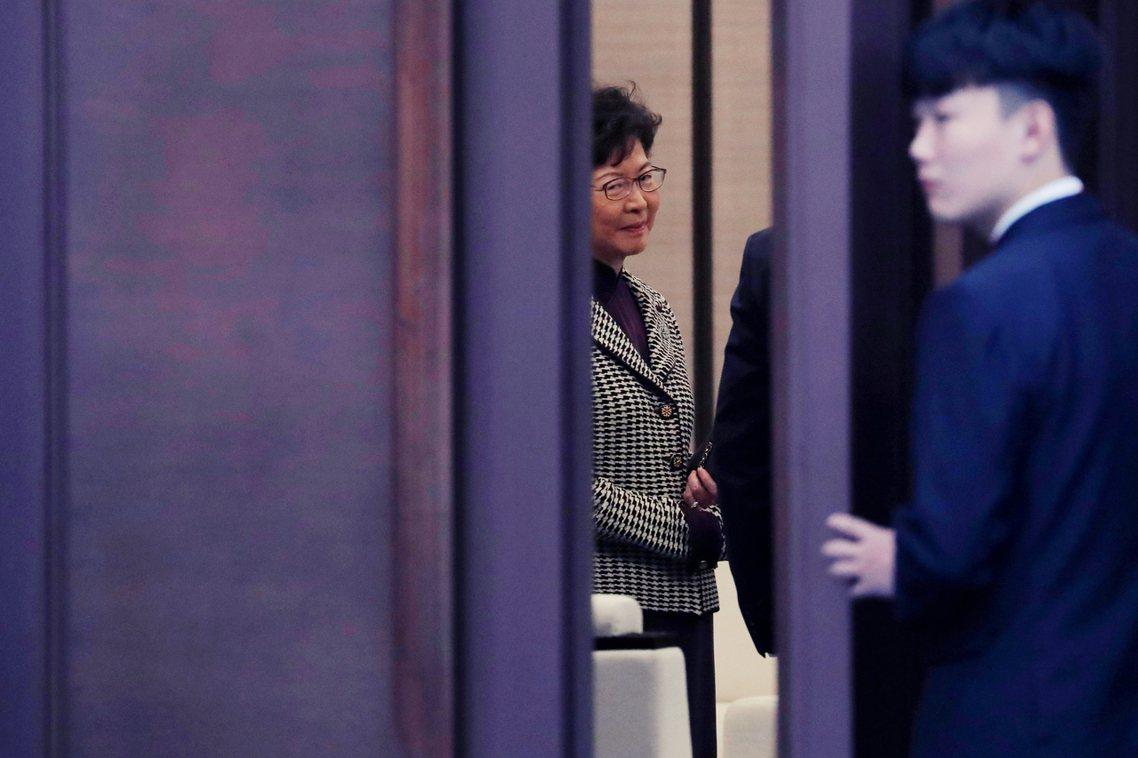 「香港修例風波已持續了5個月,你帶領特區政府恪盡職守,努力穩控局面、改善社會氣氛...