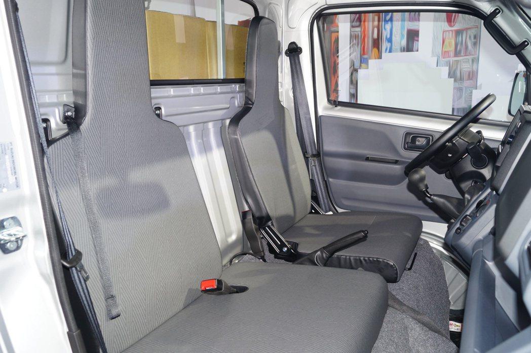 新車型的車室空間有所提升,駕駛座椅也可滑移。 記者趙駿宏/攝影
