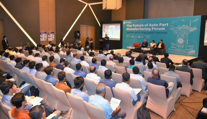 「台灣機械布局印度汽車製造團」在印度辦理的發表會,吸引超過150名潛在買主到場。...