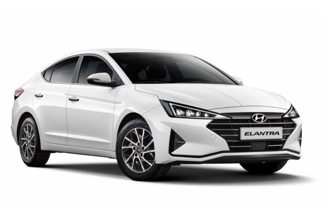 Hyundai Elantra配合政府舊換新補助以59.9萬元起的售價,讓人輕鬆...