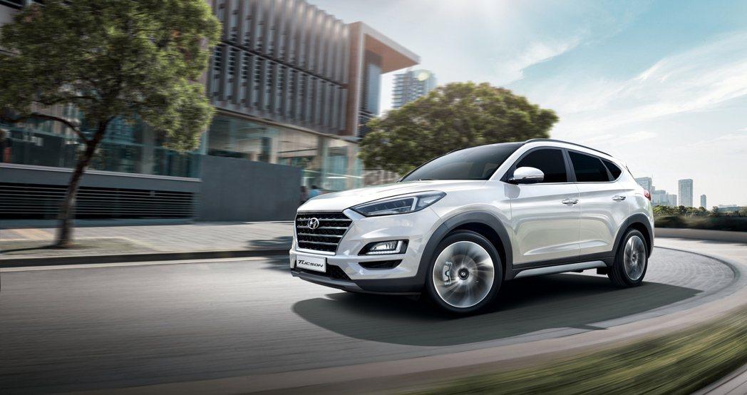 Hyundai Tucson強悍動力與優異駕馭感受,滿足買家不同需求。  圖/...