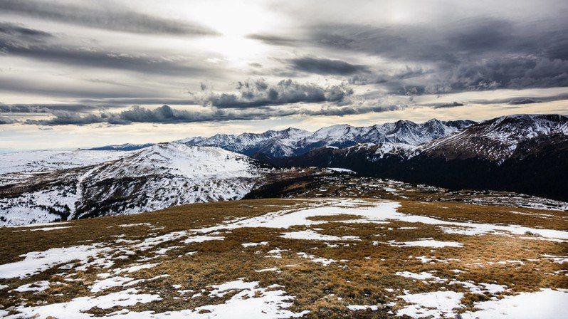 圖說:受地球暖化影響,北極永凍土也開始融化釋出二氧化碳。(Photo by lisa cee (Lisa Campeau)on Flicker under Creative Commons license)