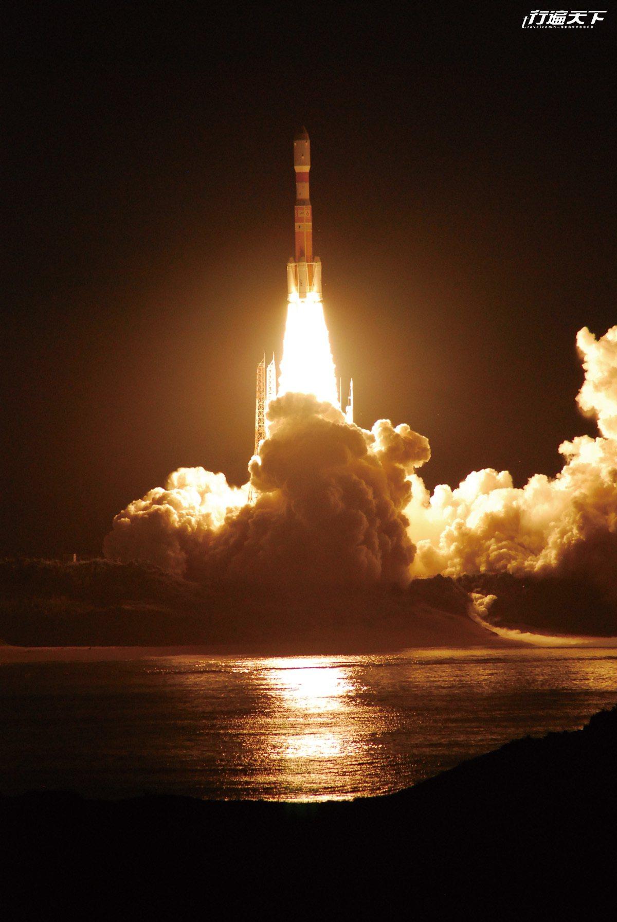 一年內可能會遇見2-4次的火箭發射,吸引各地宇宙迷前來朝聖。