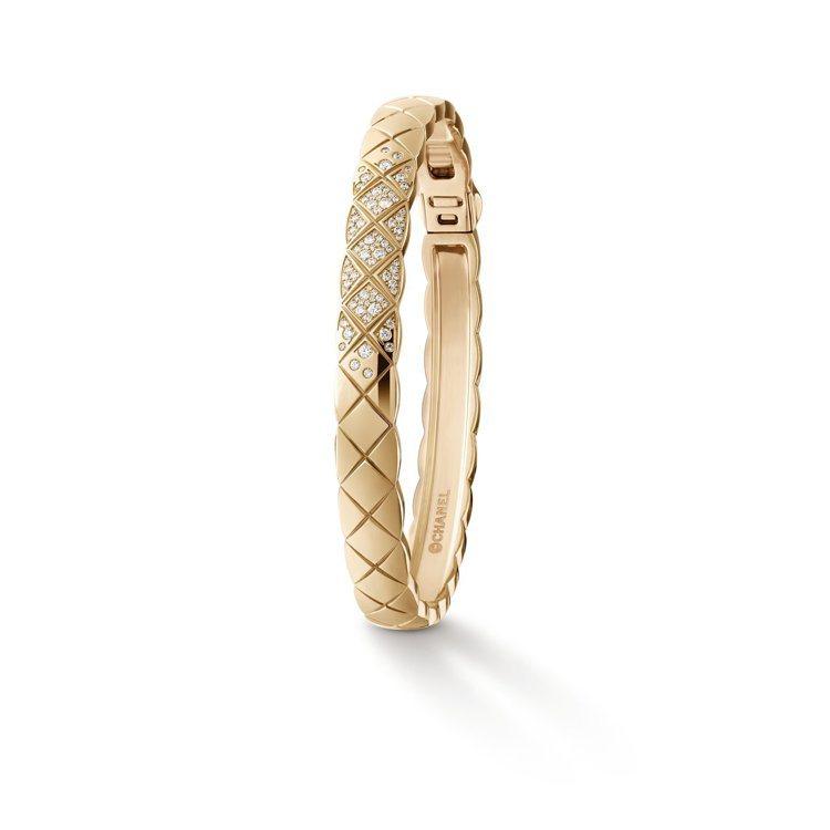 香奈兒新款Coco Crush高級珠寶系列手環,18K Beige米色金鑲嵌鑽石...