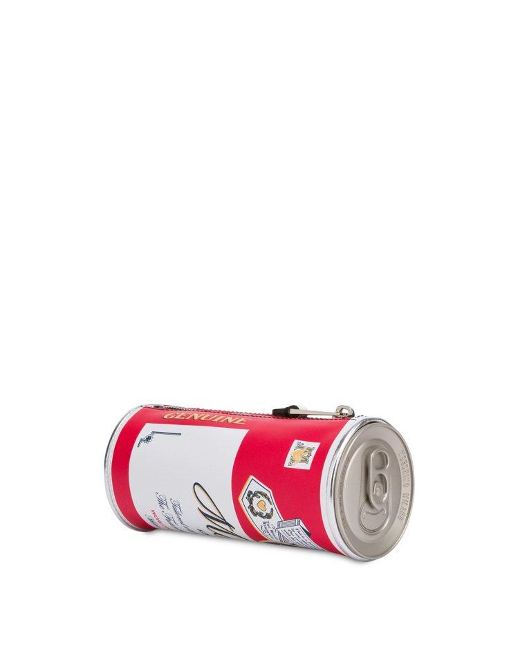 啤酒罐造型手拿包,19,500元。圖/MOSCHINO提供