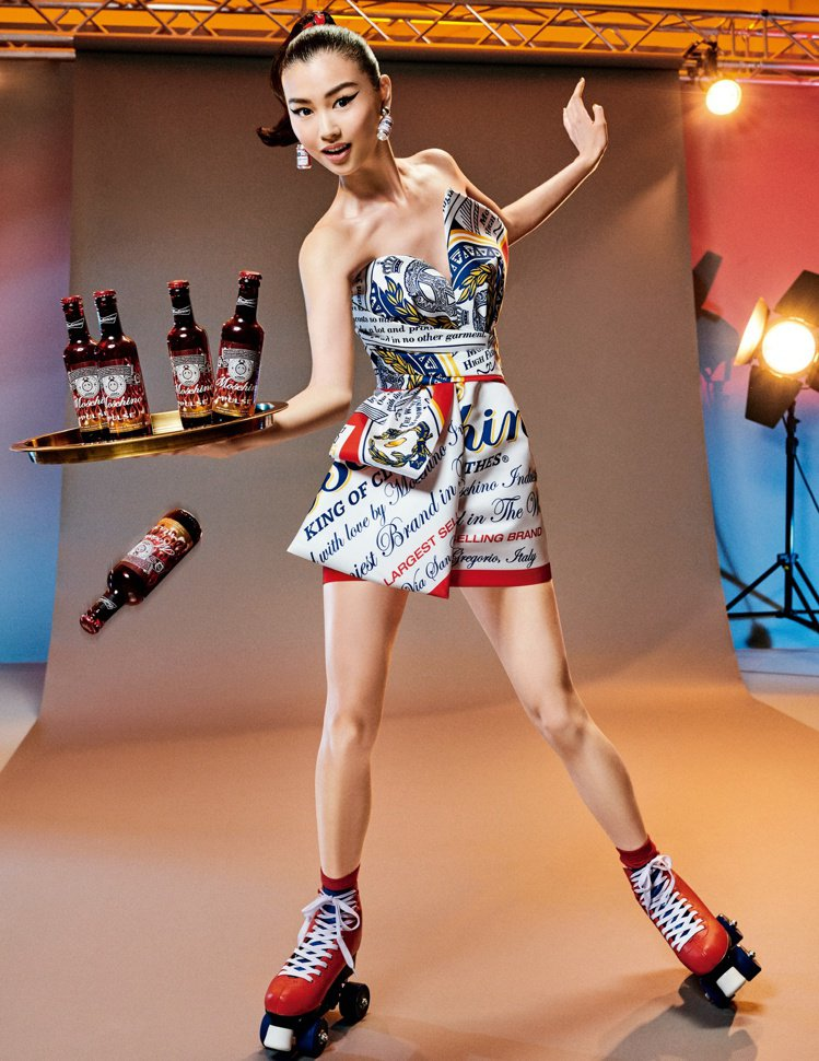 MOSCHINO攜手美式經典啤酒品牌「百威啤酒」Budweiser打造了全新的限...