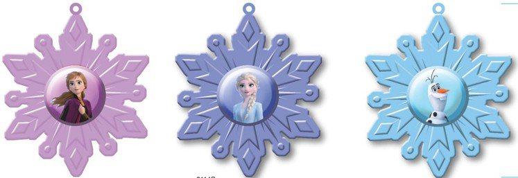 全家便利商店推出「冰雪奇緣2」雪花糖果盒,售價79元,共3款。圖/全家便利商店提...