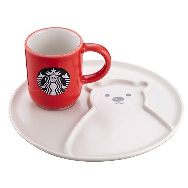 北極熊杯盤組,售價650元。圖/星巴克提供