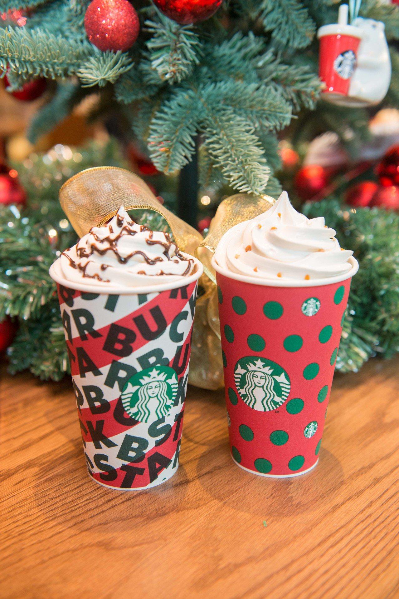 星巴克兩款復古耶誕紅杯。圖/星巴克提供