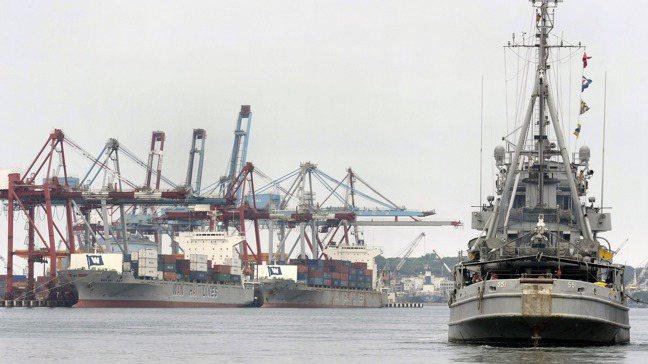 美中貿易戰引發貿易轉移效應,台灣受惠。路透