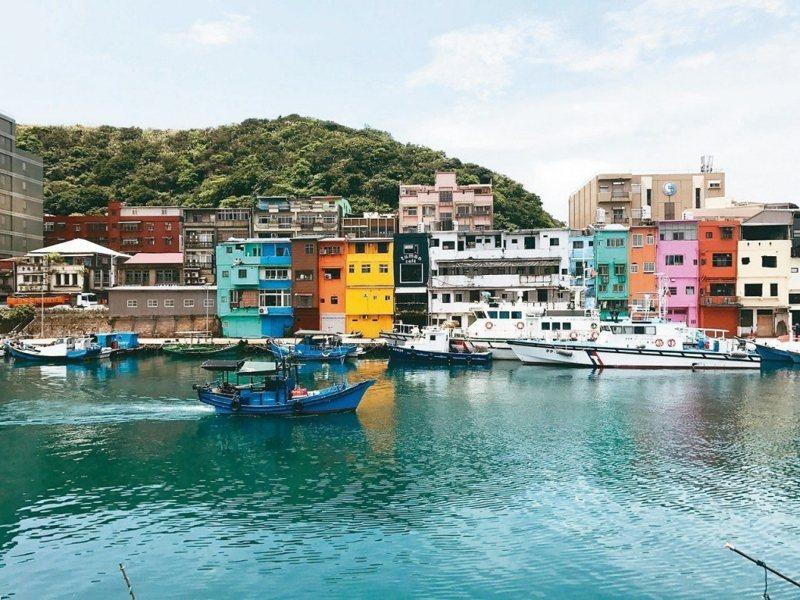 圖為正濱漁港色彩屋。圖/報系資料照片