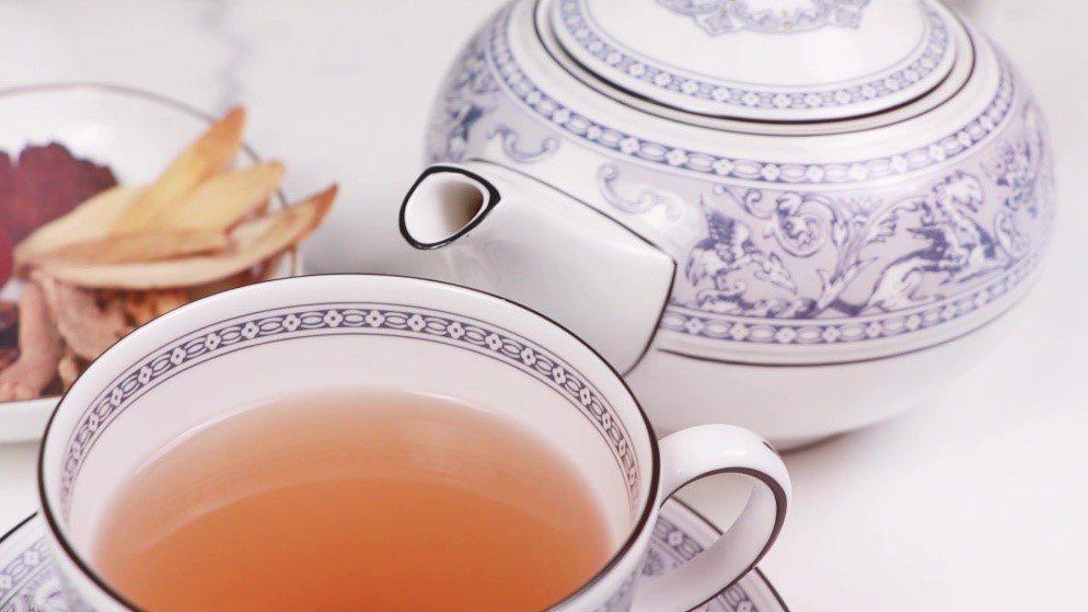 首烏紅棗茶。郭大維中醫師提供