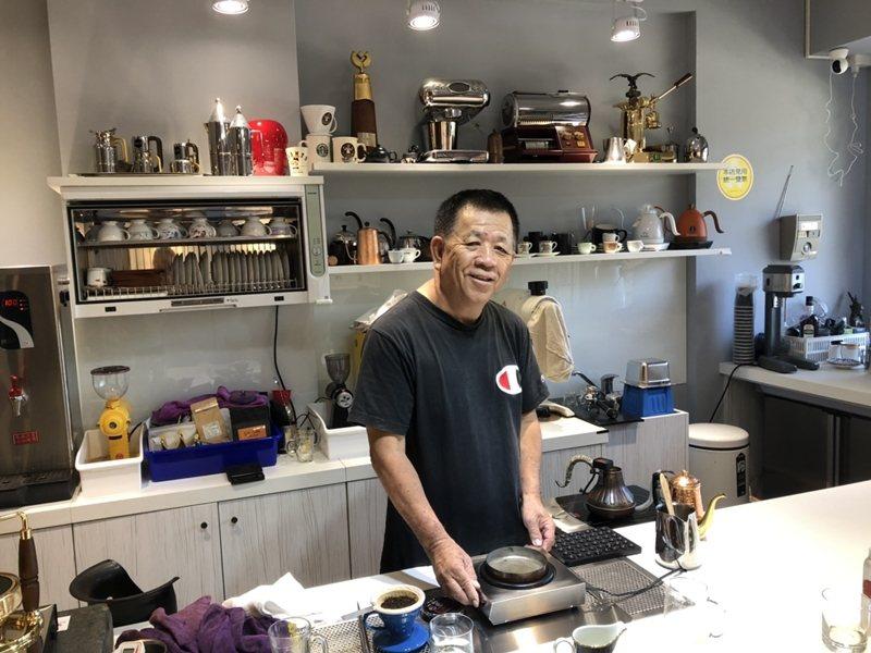 葉榮聰回顧從當體育教師到專業咖啡職人,靠的就是運動員「相信自己、不斷努力、克服困...