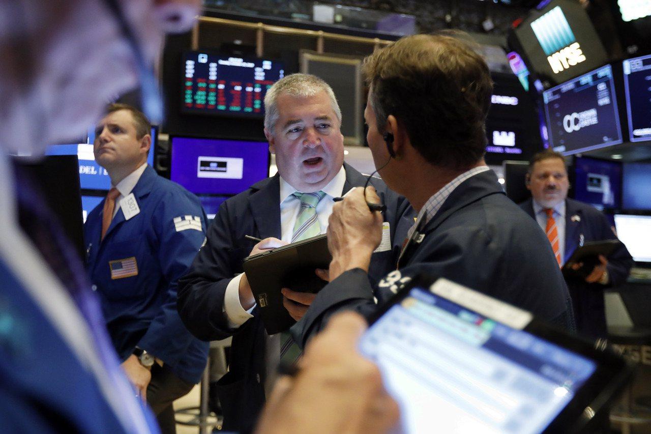 美股周二漲跌互見,標普500指數小幅下滑。 美聯社