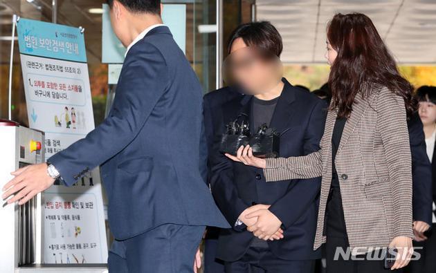 南韓選秀節目「Produce X 101」製作人安俊英因投票黑箱作業遭拘捕。圖/...
