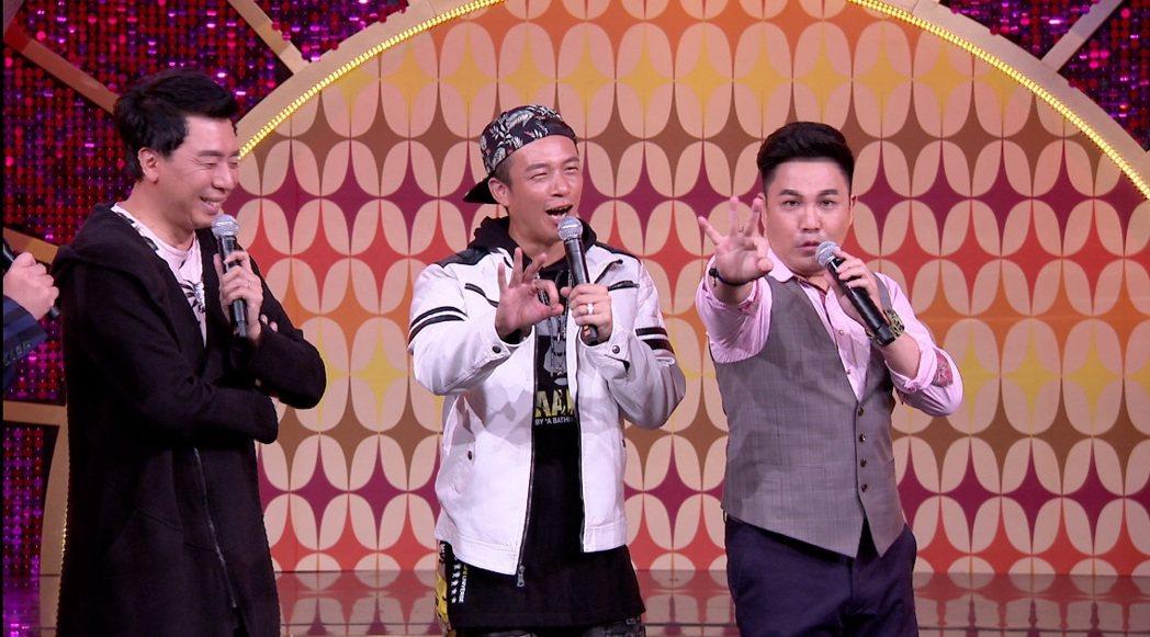 林智賢(右)自虧「景行廳男孩」有魔咒,是壓垮唱片公司的3根稻草。圖/年代提供