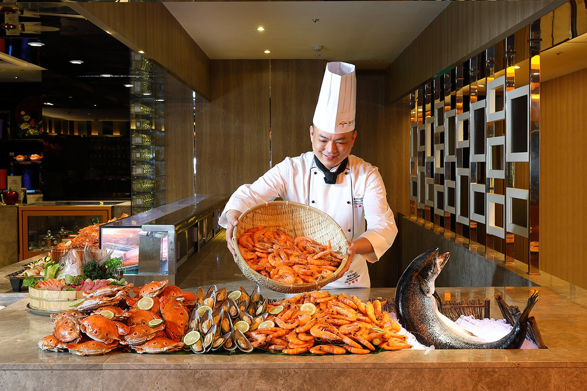 福容大飯店推出星味美味連鎖餐券,買10送2,每張約567元。圖/福容飯店提供