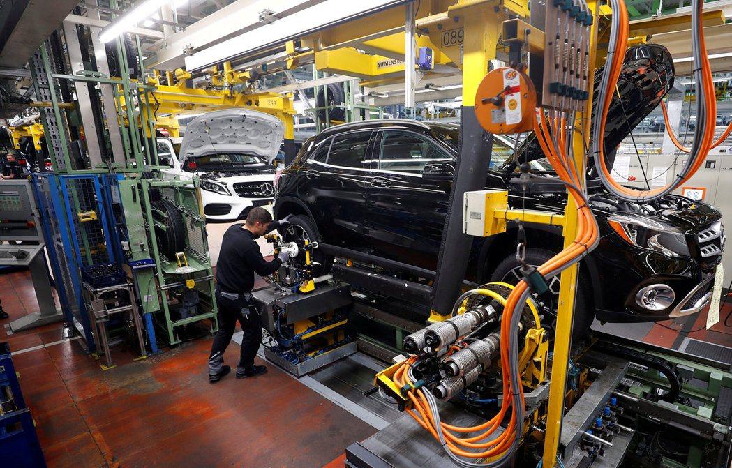 德國9月工廠訂單增幅遠優於預期,為三個月以來首次上揚。   路透